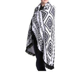 DSW 3-in-1 Wrap, Towel & Beach Blanket
